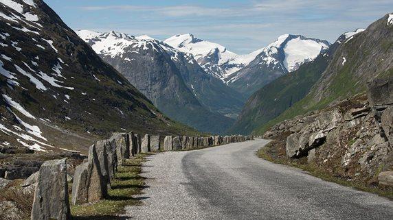 1133a03e Mange perler på turistveien fra Strynefjellet til Romsdalen