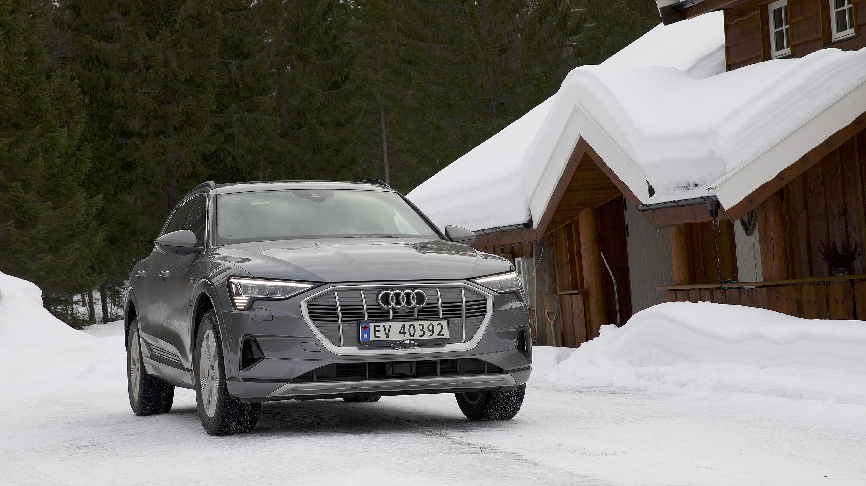 Slik kan du lade e tron   Audi